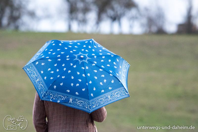 Dem Mistwetter keine Chance lassen mit Knirps Schirmen